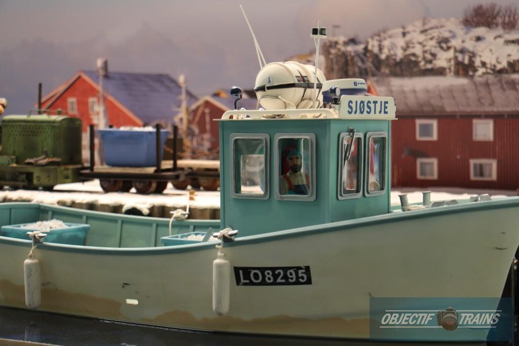 Le bateau de pêche.