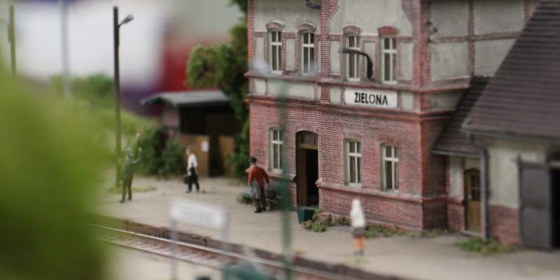 train miniature-Ho-réseau- Pologne-Polska Makieta Modulowa-modelisme (23)