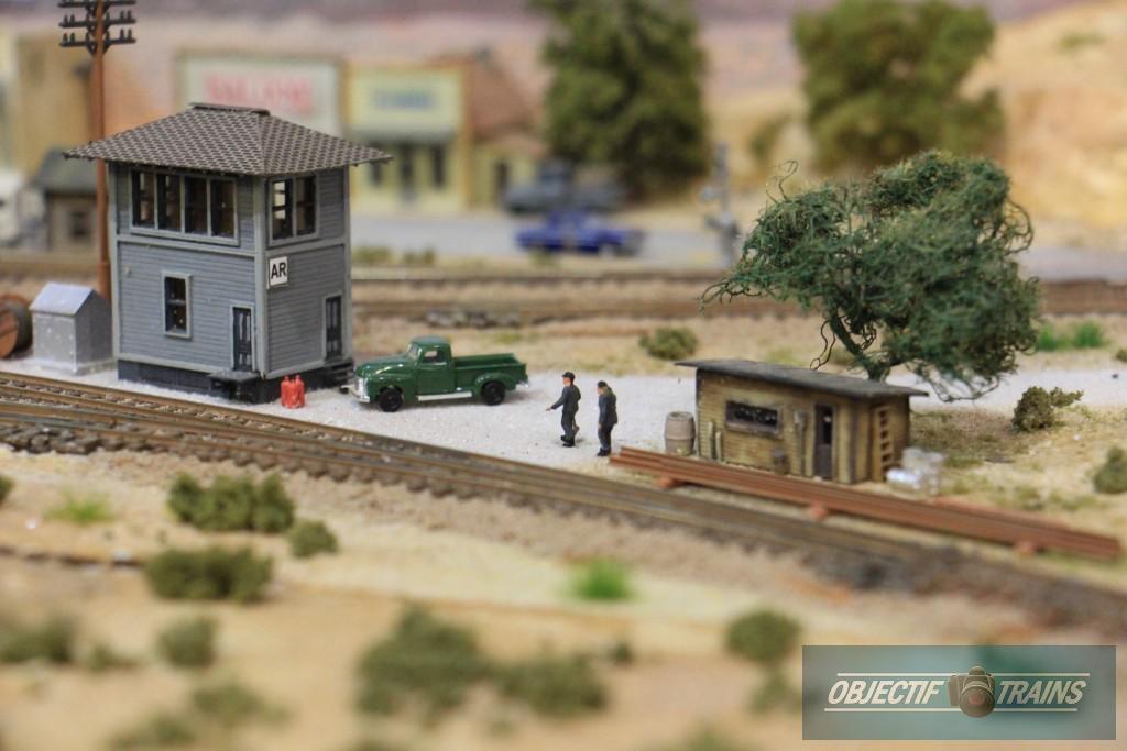 Poste d'aiguillages et cabane de voie.