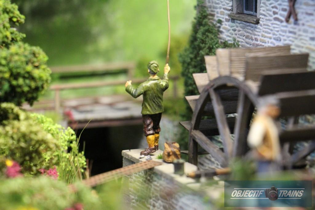 A la pêche près du moulin.