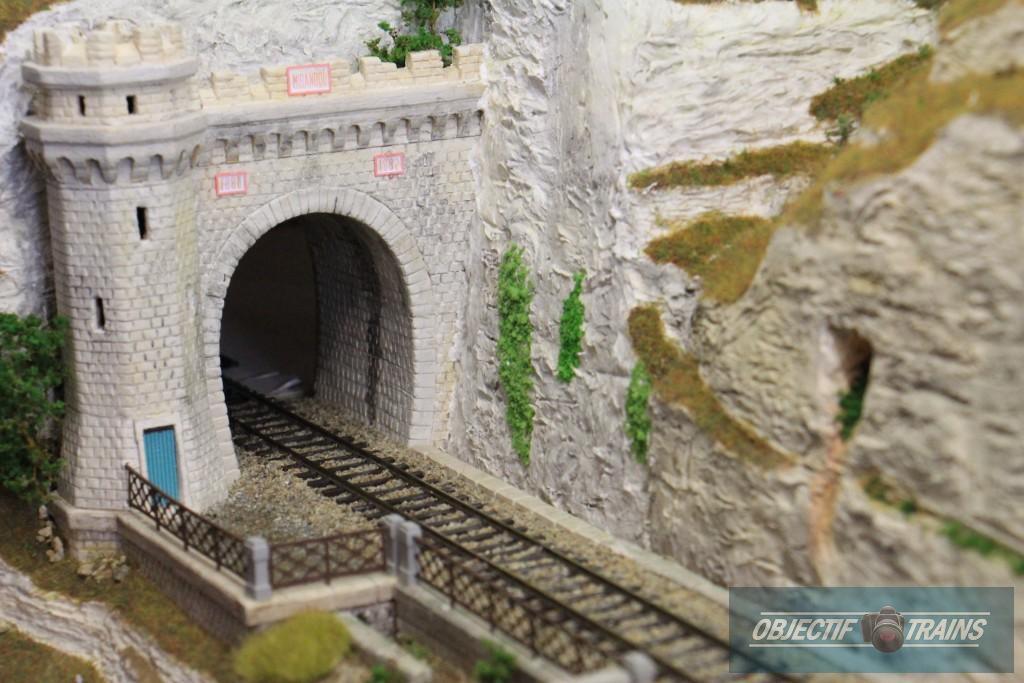 Modulinos - entrée de tunnel