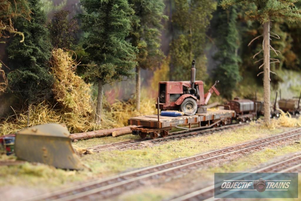 Transport sur rail avec le compresseur