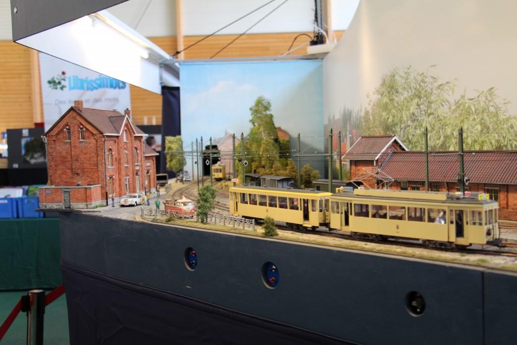Le tramway sur la ligne.
