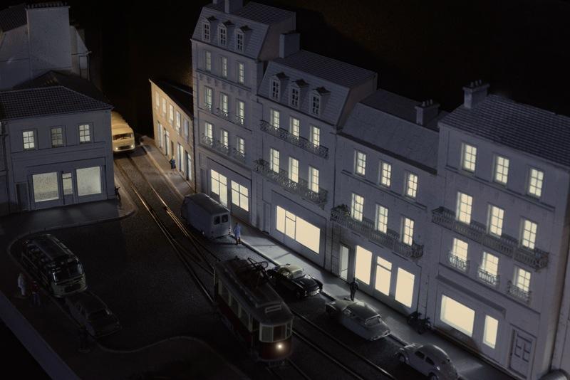 La rue commercante la nuit