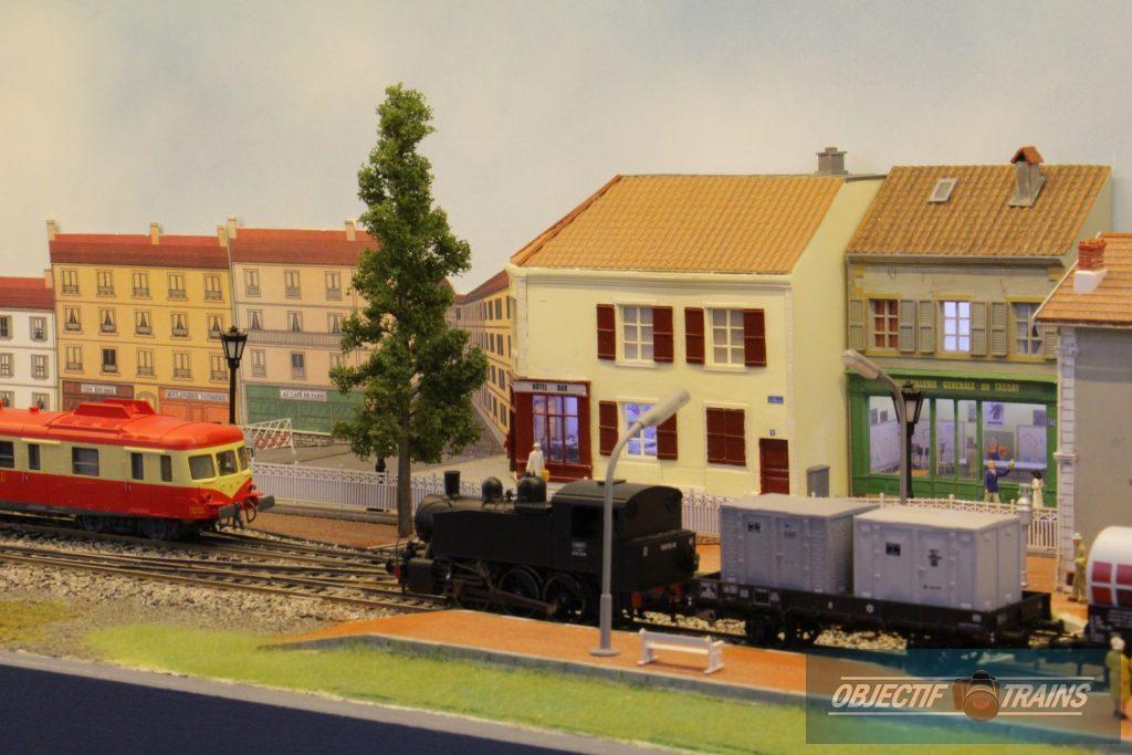 Convois en gare de Tassay.
