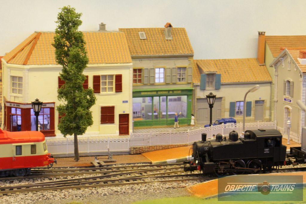 030 T en gare de Tassay.