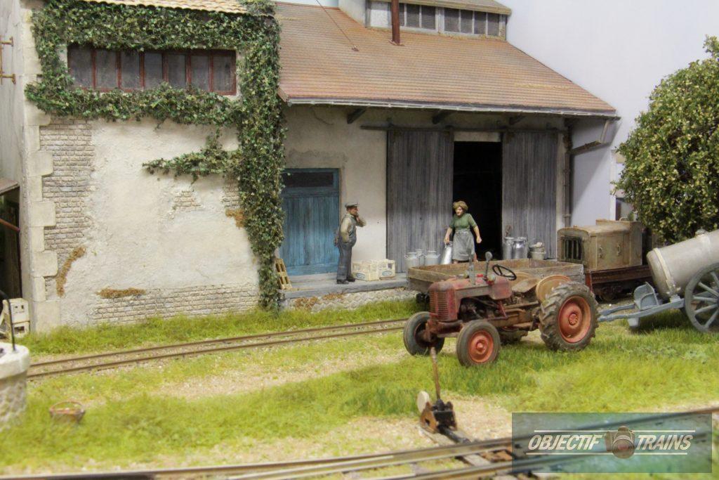 Le tracteur de la laiterie Saint Loup.