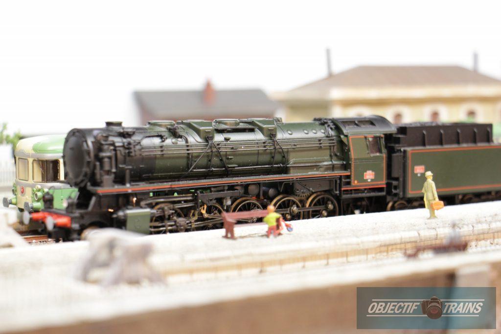 Locomotive Vapeur en Gare RGP 49