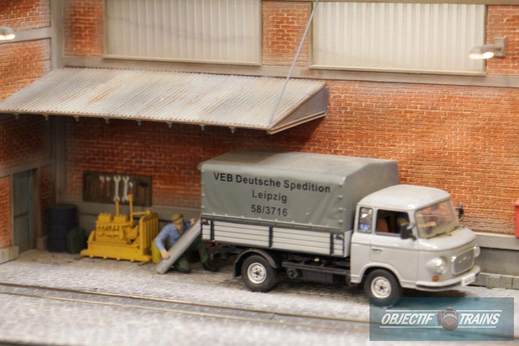 Le réseau DDR de l'escadrille St Michel - Camion de livraison.