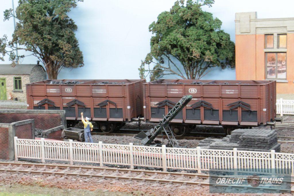 wagons de minerai.